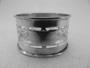 HM Silver Pierced Napkin Ring (594a) - Birm 1920 William Devenport -Not engraved