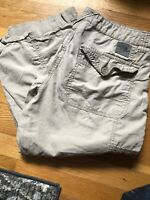 The North Face Women's 8 Light Tan Cropped Hiking / Outdoor Capri Pants