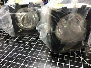 TWO - OPEN BOX-  MITSUBISHI 915P020010 LAMP CARTRIDGE - DLP ASSEMBLY IN HOUSING