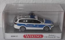 WIKING VW PASSAT VARIANT B7 WEISS / BLAU BUNDES-POLIZEI NR. 15-312 SONDERMODELL