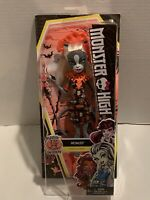 NEW Monster High Ghouls Getaway Meowlody Doll 2015 Mattel New