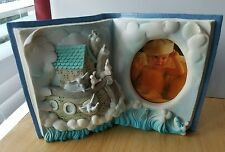 """Russ """"The Story of Noah's Ark"""" Baby Frame 3 1/4"""" x 2 1/2"""" oval Resin New"""