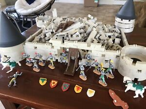 RARE Cherilea Swoppet Medieval Knights And Castle 60's Vintage  LARGE DEAL LOT