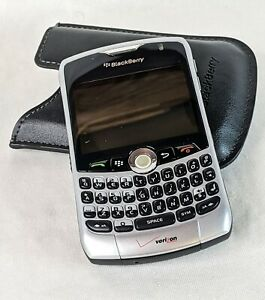 Blackberry Curve 8330 Verizon Wireless QWERTY Cell Phone 3G with Case Untested