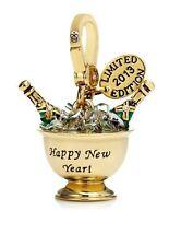 NIB $58 2013 L.E. Goldtone Champage Bucket Charm