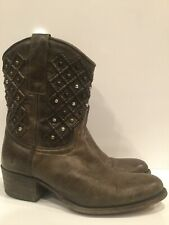 Frye Deborah Pin Tuck Studded Short Boots Womens Size 6