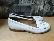 New Look Women White Moccasin Loafer Size 7_41