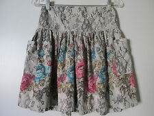 ecote Gray Lace Floral Print Elastic Waist Large Pockets Mini Skirt SZ: M