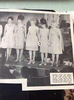 66-5 Ephemera 1965 Picture Nine Girls Margate Girl Of The Year Beauty Final