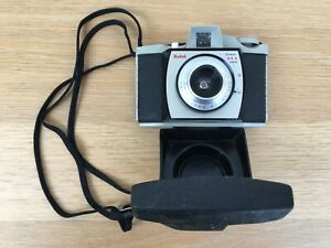 Kodak Brownie 44A Vintage Film Camera + Cover - Good Condition