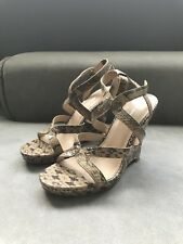 NEW Via Spiga Sandals Ankle Strap Wedge Heels Snakeskin Python  9 M Nice