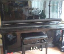 Horugel Klavier schwarz inkl Bank?