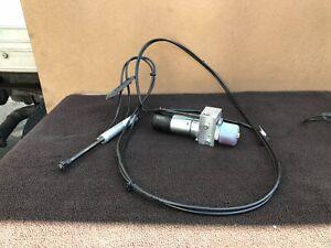 ✔MERCEDES W251 R500 R320 R350 LIFTGATE TAIL GATE HYDRAULIC PUMP LIFT OEM