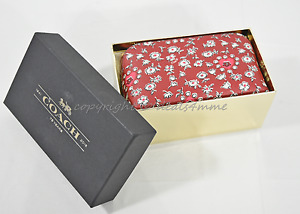 Gift Box Coach 58368B Wild Hearts Boxed Cosmetic Case Light Gold/Wild Hearts Red