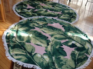 Set of 2 Oasis Palm Trees Round Beach Towels 100% cotton Green multi 60 in dia