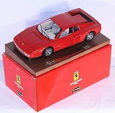 Bburago 3519, 1:18, Ferrari Testarossa (1984), rot, auf Holzbrett      #ab1003a