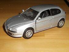 >>>NewRay Alfa Romeo 147 Copyright 2002<<<