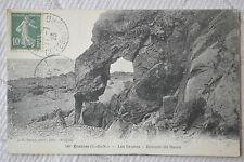 """CPA """" ETABLES - Les Grottes - Retraite du Bossu"""