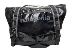 Patagonia Black Hole Messenger Bag Laptop Black Logo