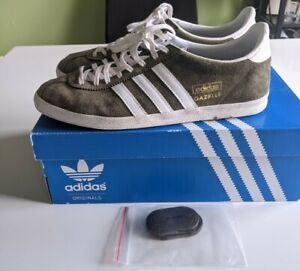 Adidas Gazelle og, Size 8, Oak