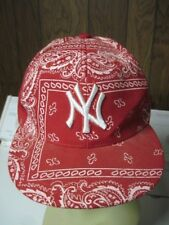 Men's Red print NY Yankees Cap Unbranded size 7 1/4   ( 58CM)