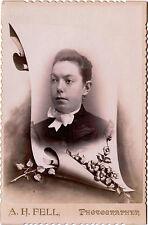 ANTIQUE CABINET PHOTO PORTRAIT OF A YOUNG WOMAN & POST MORTEM