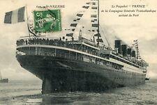 SAINT NAZAIRE Gros plan Paquebot France Cie Gale Transatlantique sortant du Port