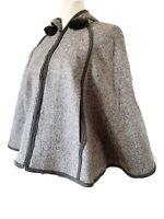 Lands End Girls Poncho Cape Jacket Wool Blend Grey Herringbone Hooded Age 9 -10
