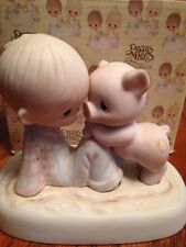 Precious Moments - E9259 -MIB- WE'RE IN IT TOGETHER - Boy w Piggy - 1982