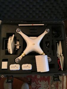 DJI Phantom 3 Professional 4K Camera Drone + EXTRAS W/CASE