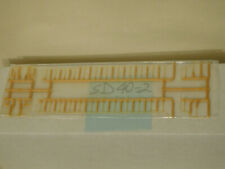 ATHEARN ** SD40-2 ** ENGINE CELCON HANDRAIL SET ** SANTA FE YELLOW  HO Scale*NEW