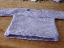 Brand New Hand Knitted Baby Lilac Top 16 pouces 40 cms Newborn