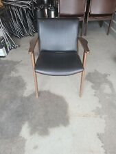 MADISON OFFICE GUEST CHAIR . WALNUT WITH BLACK . Shipped by Fedex Home