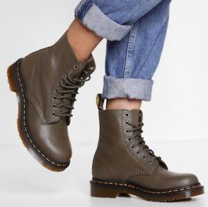 Dr. Doc Martens Green Pascal Khaki 8 Eye Leather Boots Size 9 EU 41 NEW