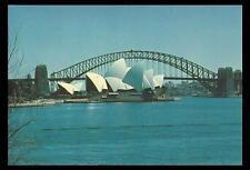 OPERA HOUSE & SYDNEY HARBOUR BRIDGE POSTCARD Australia Post PRE-PAID 18c MINT