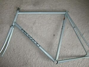 PELIZZOLI PISTA, BEAUTIFUL LIGHT GREEN, ENGRAVED STEEL FRAMESET, 58/57cm NEW