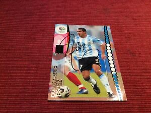 SIGNED CARLOS TEVEZ ARGENTINA (MAN UTD) FOOTBALL CARD