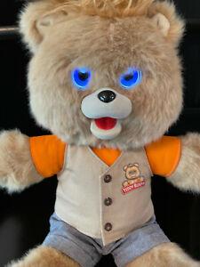 Teddy Ruxpin bear 2017 animated talking storytime batteries bluetooth LED eyes