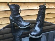 Dr Martens Regina black leather boots UK 8 EU 42 goth steampunk skin