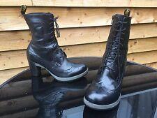 Dr Martens Regina black leather boots UK 8 EU 42 goth steampunk skin