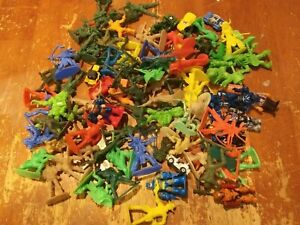 Lot of 85+ Plastic Toy Soldiers and Figures