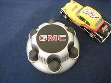 1999-03 GMC Sierra 1500 OEM Wheel Center Cap hubcap # 15712374