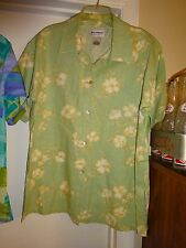 NYL * WEAR by New York Laundry Button Front Blouse Size Medium Lt Green Flowers