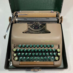 Vintage Smith-Corona Typewriter 1949 Sterling Portable GREEN KEYS With Case