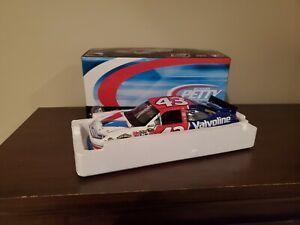 AJ ALLMENDINGER #43 2011 VALVOLINE 1/24 SCALE NEW IN STOCK FREE SHIPPING