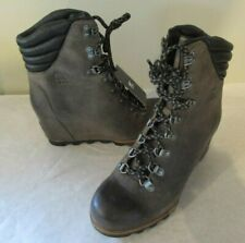 New Women's SOREL Conquest Wedge Boot, Sz 10.5 M - Great dressy winter boot