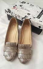Chinese Laundry Anete Women Size US 6.5 Gold Heels In Box Shimmer