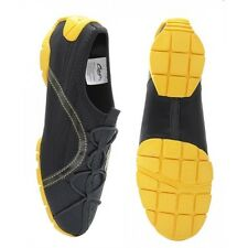 Black and yellow capezio freedom split sole jazz shoes - size Medium - UK 5-6