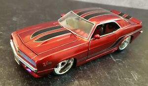 1969 CHEVY CAMARO SS RED WITH BLACK RACING STRIPES 1/24 JADA #90246 HARD TO FIND