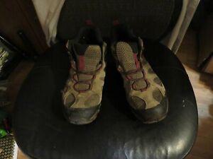 Merrell J77388 Womens Yokota 2 Mid Waterproof Hiking Boots Size 9.5